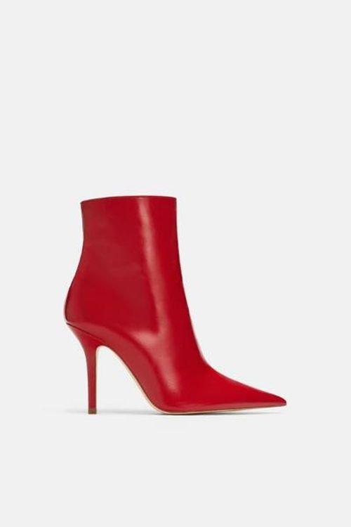Crvene čizmice za jesen 2018